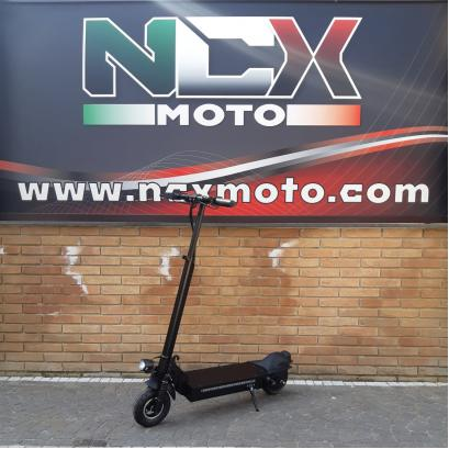 NCX LED SCOOT